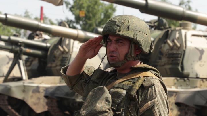 Более 10 тысяч сибирских военных подняли по тревоге: начались массовые учения