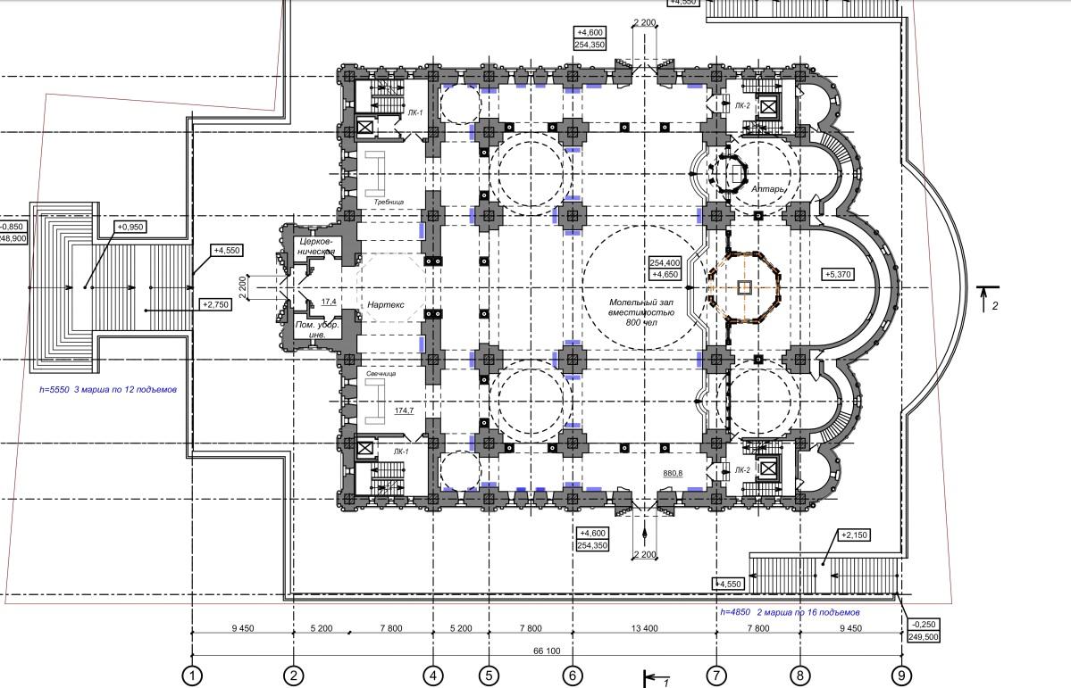 На втором этаже, судя по схеме, будет молельный зал на 800 человек и алтарь