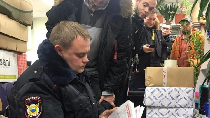 Архангельские активисты пожаловались в суд на полицейских, изъявших листовки об антимусорном митинге