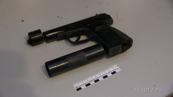 Омич устроил стрельбу в мастерской, потому что остался недоволен ремонтом ноутбука