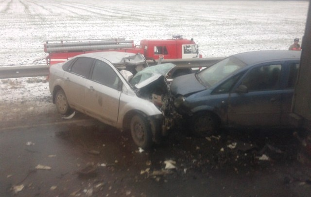 В Башкирии на трассе столкнулись «Опель»,  «Форд» и фура