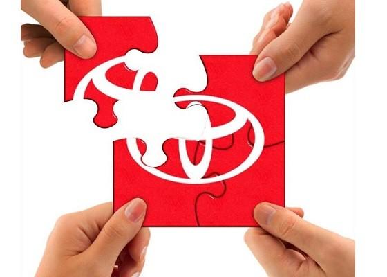 Дары осени: жителям Екатеринбурга представили три новых версии Toyota