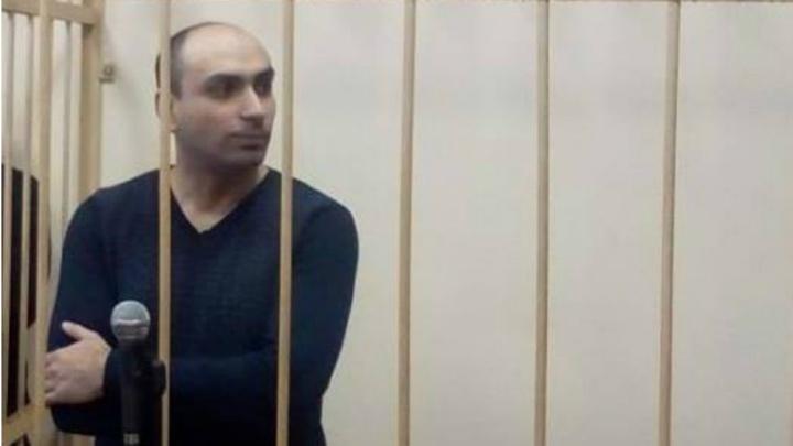 «Может угрожать потерпевшим»: общественники требуют отправить замначальника пыточной колонии в СИЗО