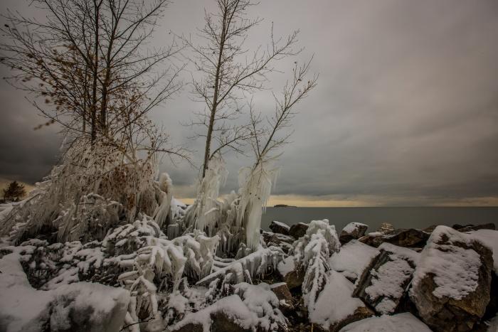 Ледяной дождь может привести к сильнейшему гололёду