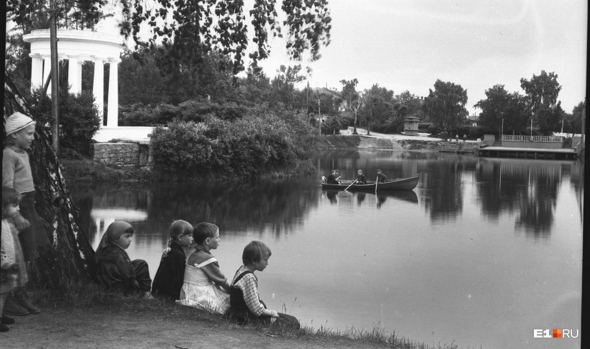 Пруд Дворца пионеров. 1946 год
