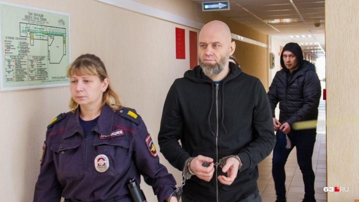 «Предлагал встретиться в бане»: в Самаре вынесли приговор тренеру-вымогателю