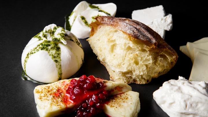 От поке и лапши до образцового кофе и сыра, который готовят при вас. Обзор новых заведений Перми
