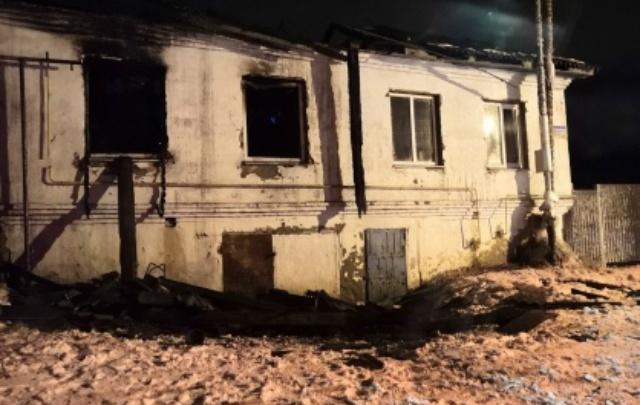 В Зауралье следователи выясняют обстоятельства гибели мужчины на пожаре