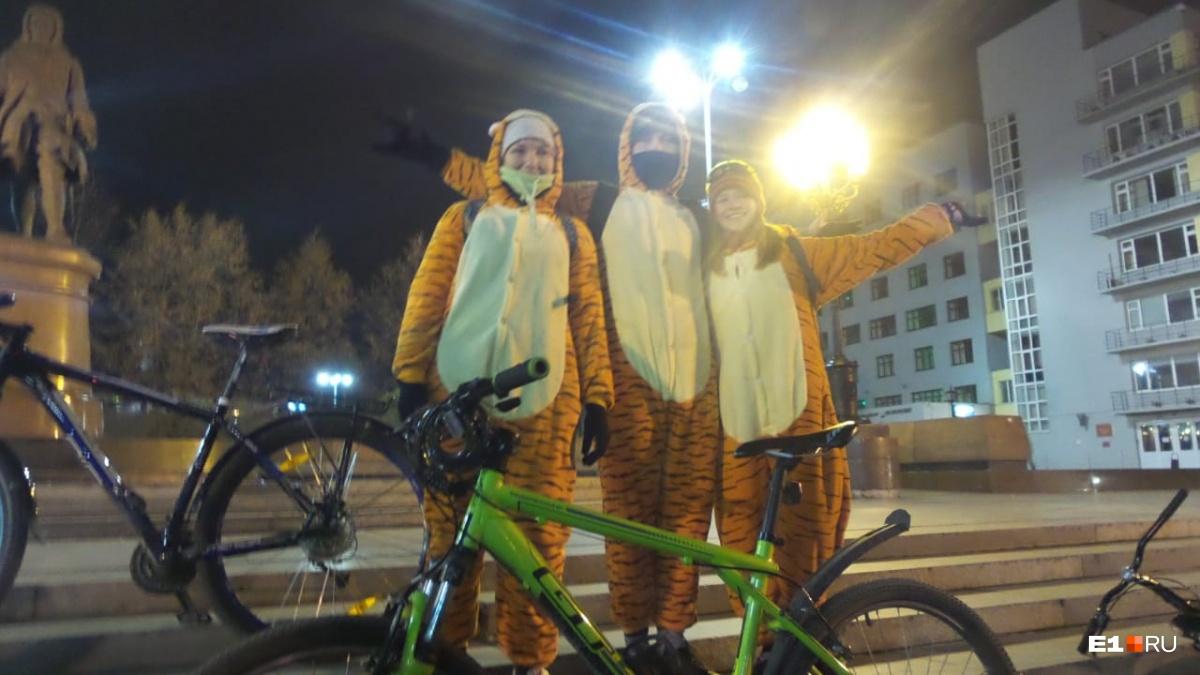А были среди участников и такие милые тигрята