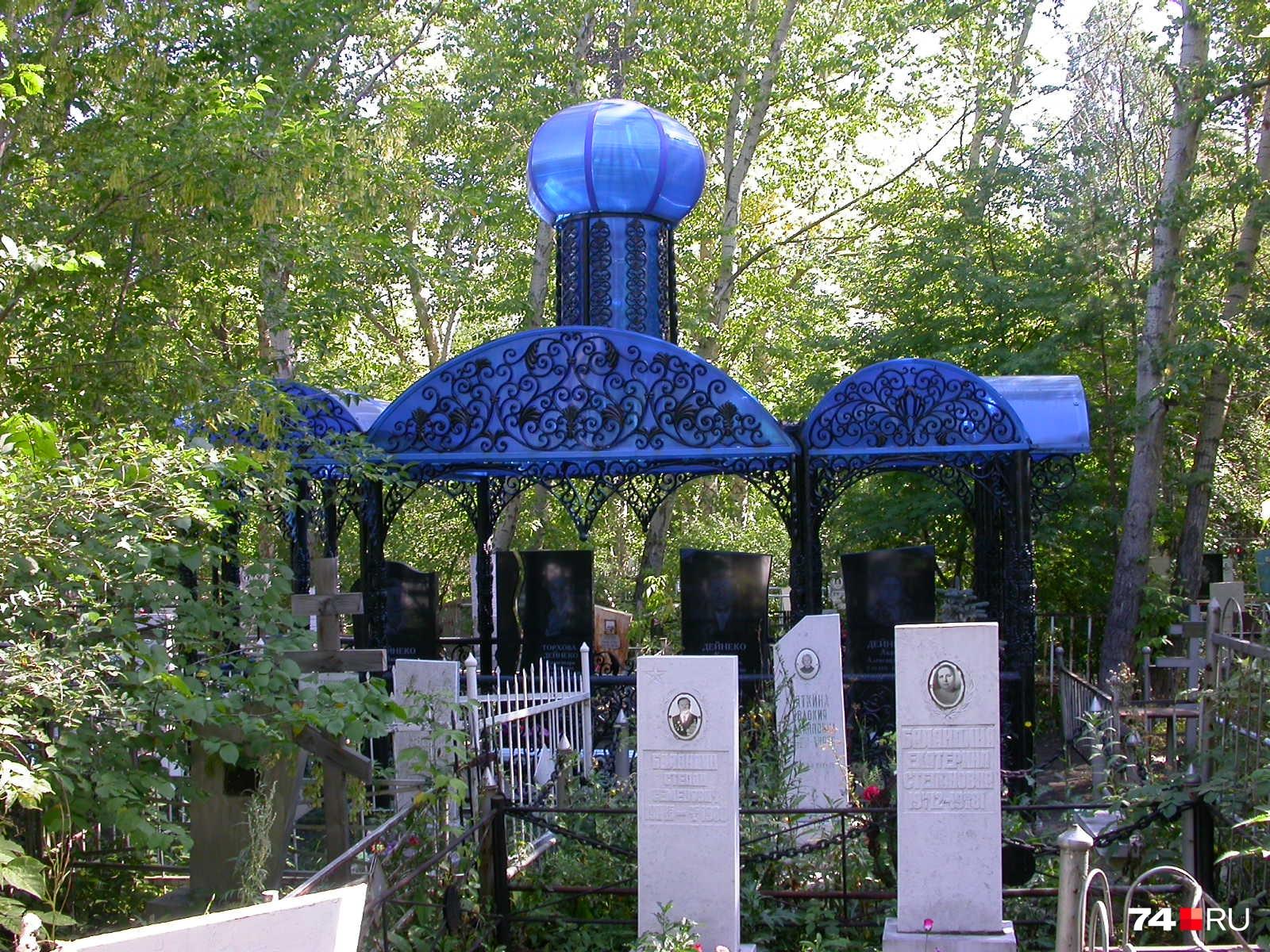 Бесплатно получить хорошее место на кладбище в Челябинске почти невозможно