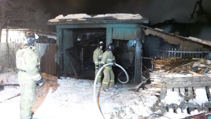 В Пионерском сгорел дом, жильцы которого самовольно подключились к линии электропередачи