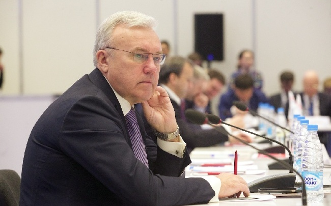 Губернатор Усс объяснил уход мэра Красноярска Эдхама Акбулатова