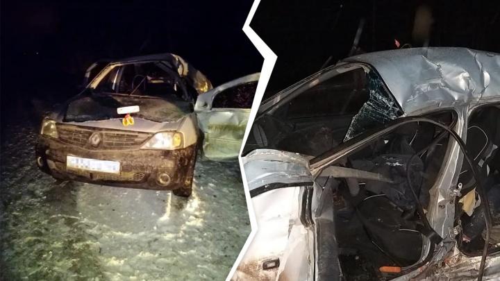 На трассе в Башкирии погибли два студента, еще четыре человека попали в больницу