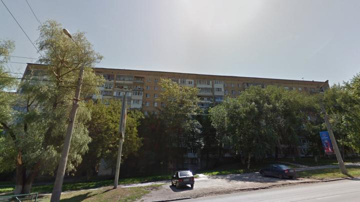 «Вода текла из всех щелей»: в Самаре на Стара-Загоре жителей многоэтажки затопило горячей водой