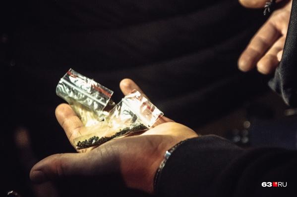 Препарат наркозависимые применяли не по назначению