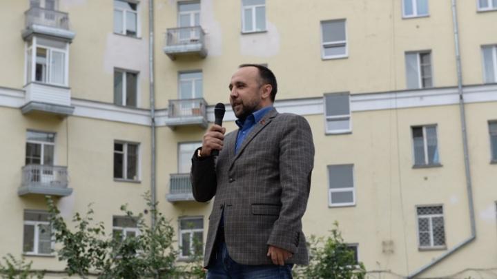 Депутат и директор завода устроился на работу в новосибирское метро