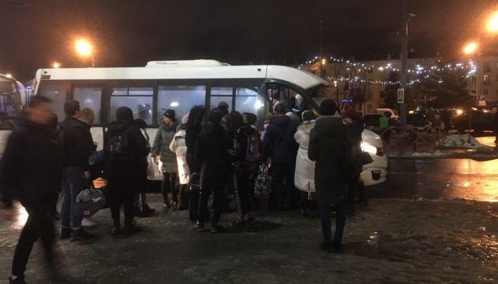 «Яичко съесть и в гнёздышко сесть»: как в Ярославской области раздирают рынок пригородных перевозок