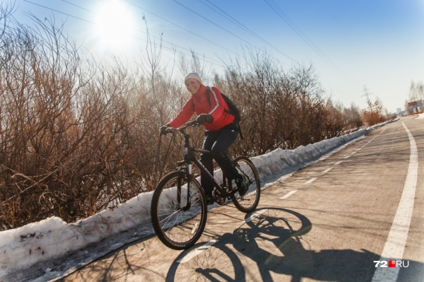 Велолюбителям очень нравилась велодорожка, позволяющая добраться из Зареки в центр