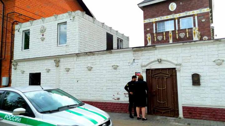 У ярославны арестовали особняк за 15 миллионов рублей