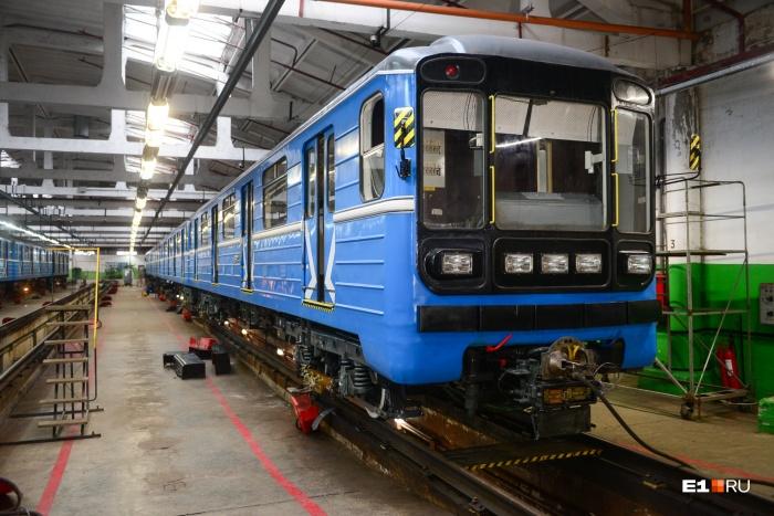 Модернизация поездов на заводах длилась около 4 месяцев