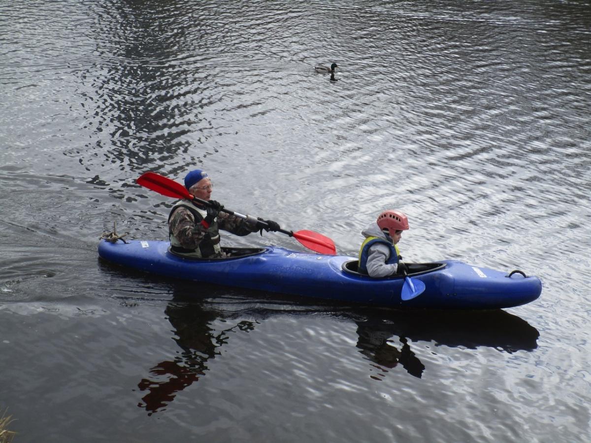 Сам Александр Лыхин занимается каякингом, и водный туризм преподаёт на очень хорошем уровне