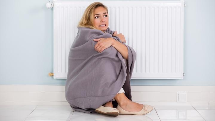 Холоднее, чем на улице: что делать, если отопление так и не дали