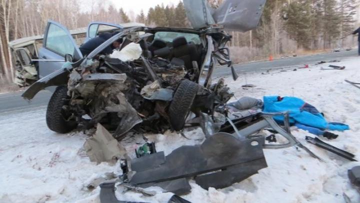 Житель Башкирии погиб в страшном ДТП под Челябинском
