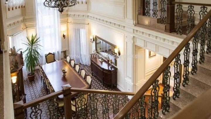 Самый дорогой дом с бассейном в Красноярске продают за 85 миллионов