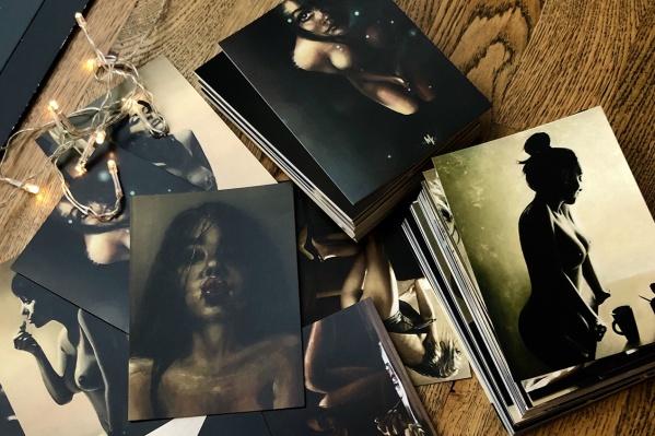 Художница Анастасия Отришко выпустила открытки со своими картинами и фрагментами из них