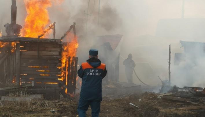 Жителю Богандинского, который поджег дом и погубил двух соседей, грозит три года колонии
