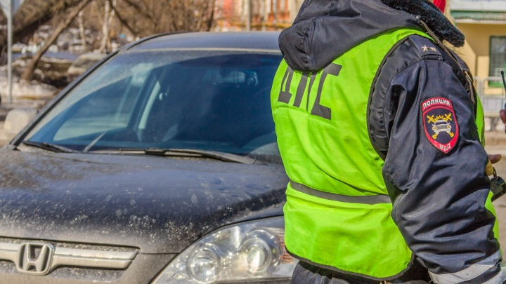 Автомобилисты должны казне 10 млрд рублей: распространение камер привело к шквальному росту штрафов