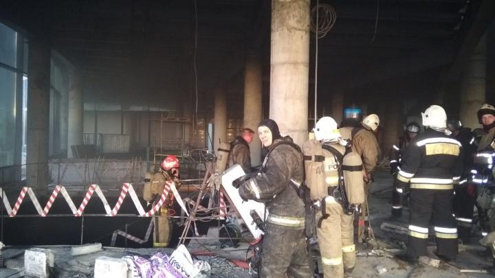 Эвакуировали 161 человека: новые подробности пожара в аквапарке «ЛетоЛето»