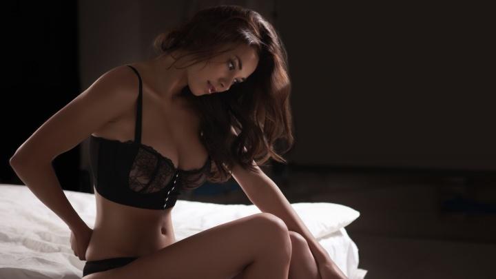 Почему женщина может лишить себя оргазма, и что снижает ее сексуальность (18+)