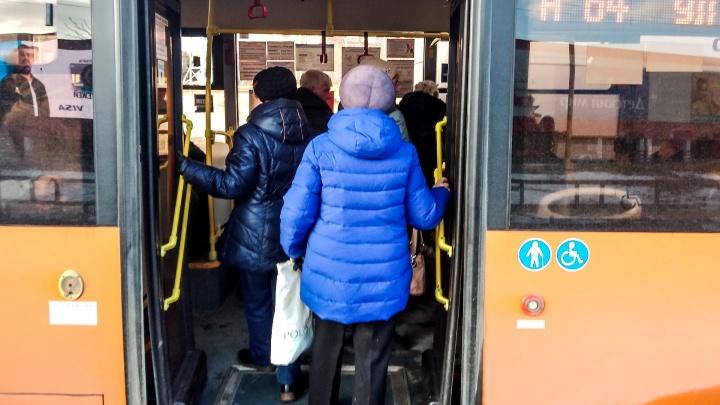 Колонка разгневанного пассажира: «Почему Владимир Панов ждет автобус 6 минут, а мы — 20?!»