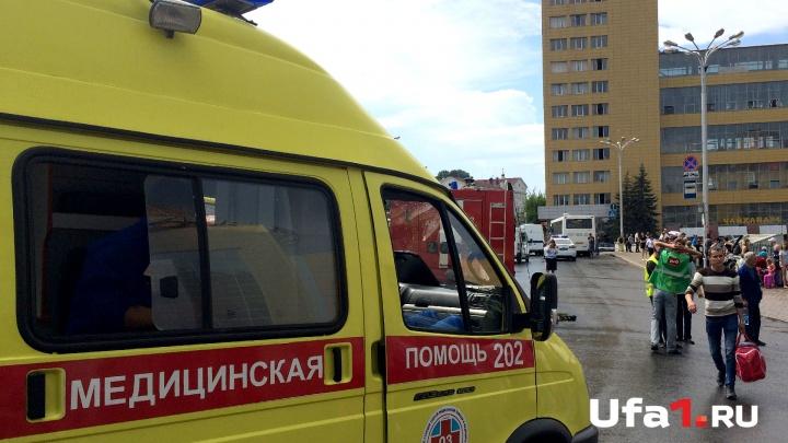 В Башкирии двое малышей выпали из окна