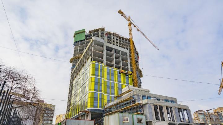 Штучный товар: репортаж со стройки архитектурного шедевра в самом центре города