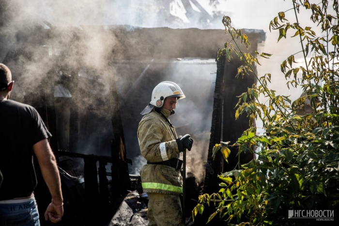 Фото с пожара днём 29 июня