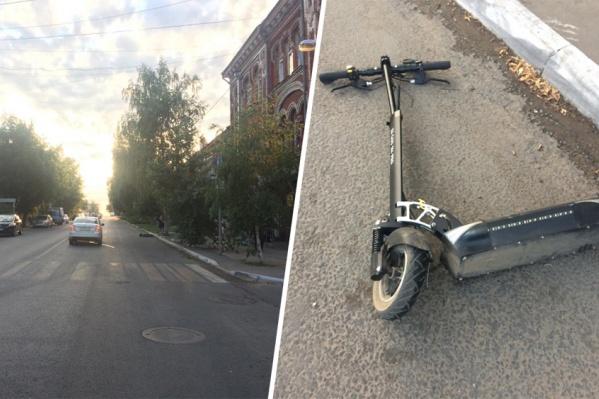 Авария произошла на перекрестке