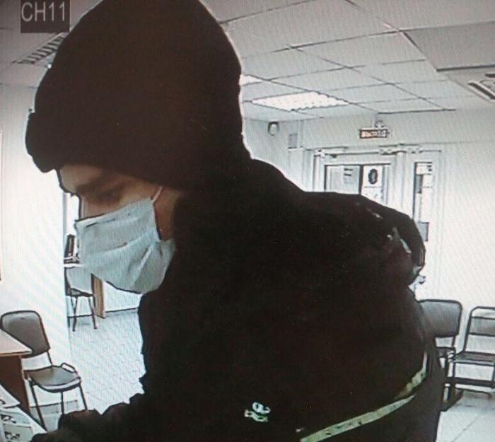 Преступника успели снять камеры видеонаблюдения