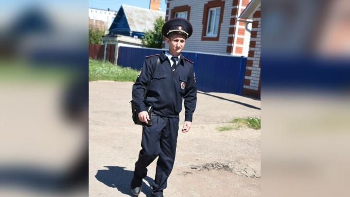 «Думали, дома никого нет»: в Башкирии полицейский спас женщину из огня