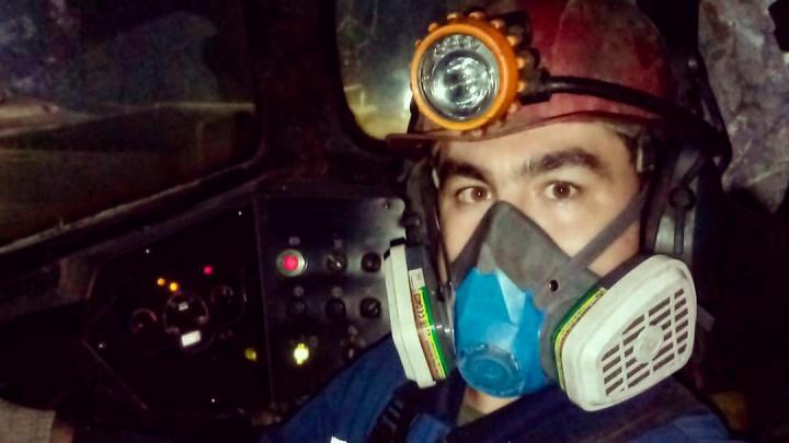 «Серный газ идет из шахты и копится в карьере»: жители Сибая требуют сказать, от чего погиб рабочий