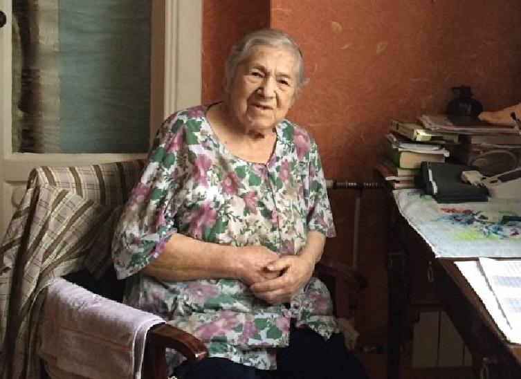 Евгения Мануиловна Лосева в квартире подруги после выселения из квартиры племянницы. Снимок сделал ее адвокат Виталий Поддубный
