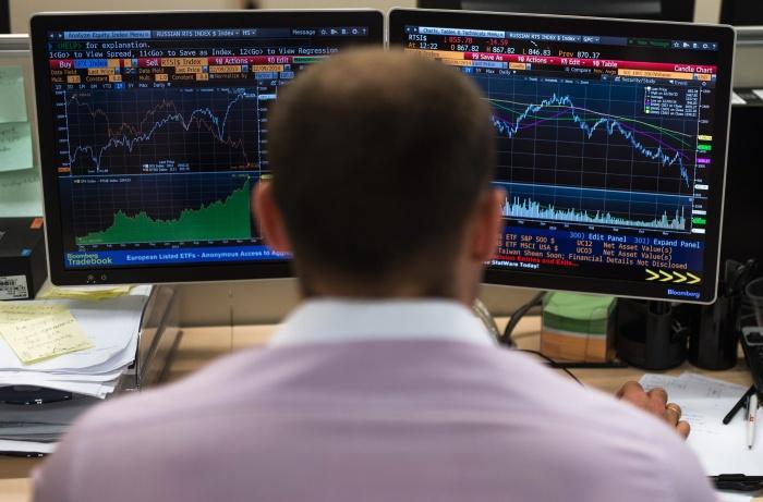 В понедельник индекс Доу-Джонса побил рекорд по падению
