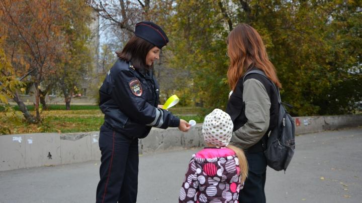 Пешеходы Екатеринбурга нарушают правила дорожного движения в три раза чаще, чем автомобилисты