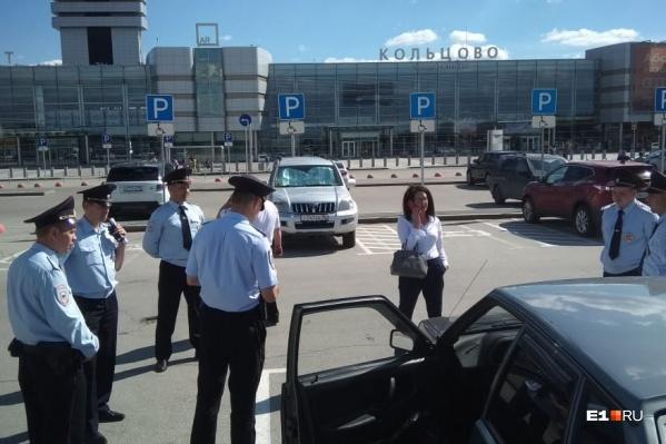 Депутата из Асбеста Наталью Крылову задержали за одиночный пикет
