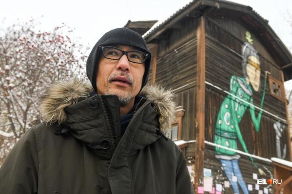 Украшать старые объекты уличным искусством — это правильное решение, считает Хироки Мацуура