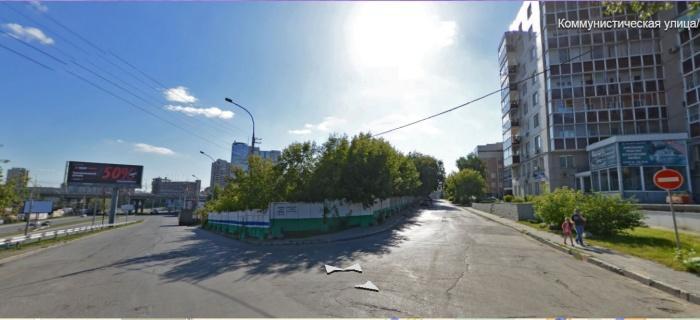 Перекрёсток улиц Коммунистической и Семьи Шамшиных
