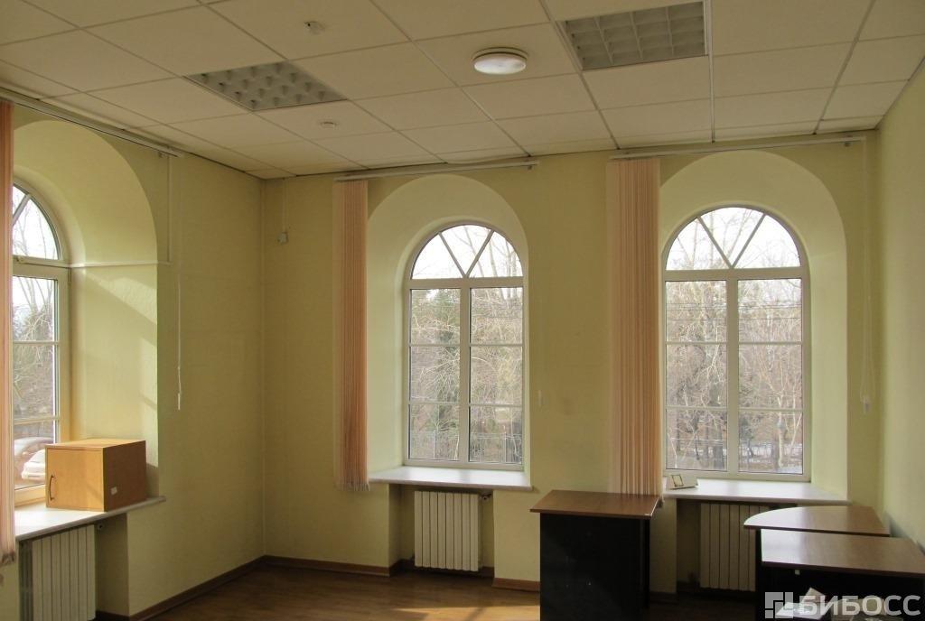 Это не единственное здание продающееся сегодня в центре Красноярска за такую сумму