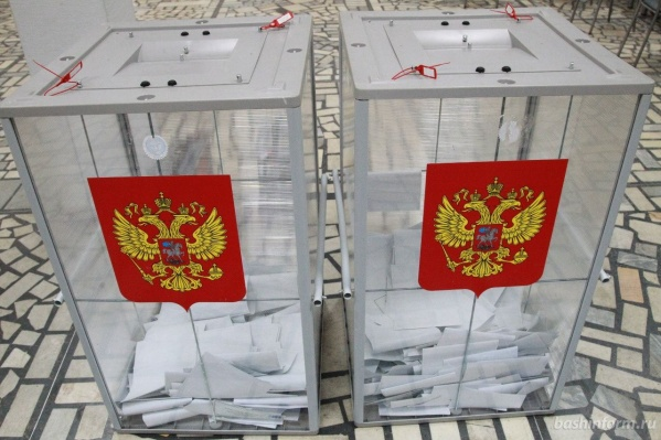 К работе избирательный участок приступил вовремя — в 7 часов утра