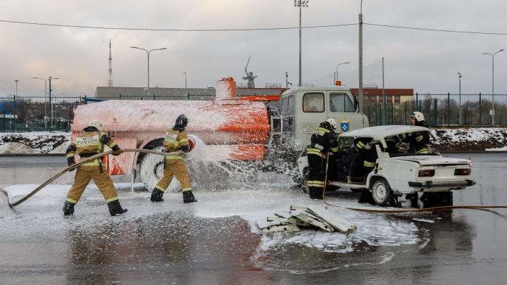 Готовы через 30 секунд: волгоградские спасатели приняли эстафету во всероссийском челлендже